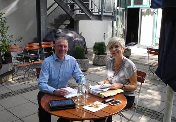 Angelika Resch-Ebinger und Thomas Issler halten gemeinsames Seminar und Webinar